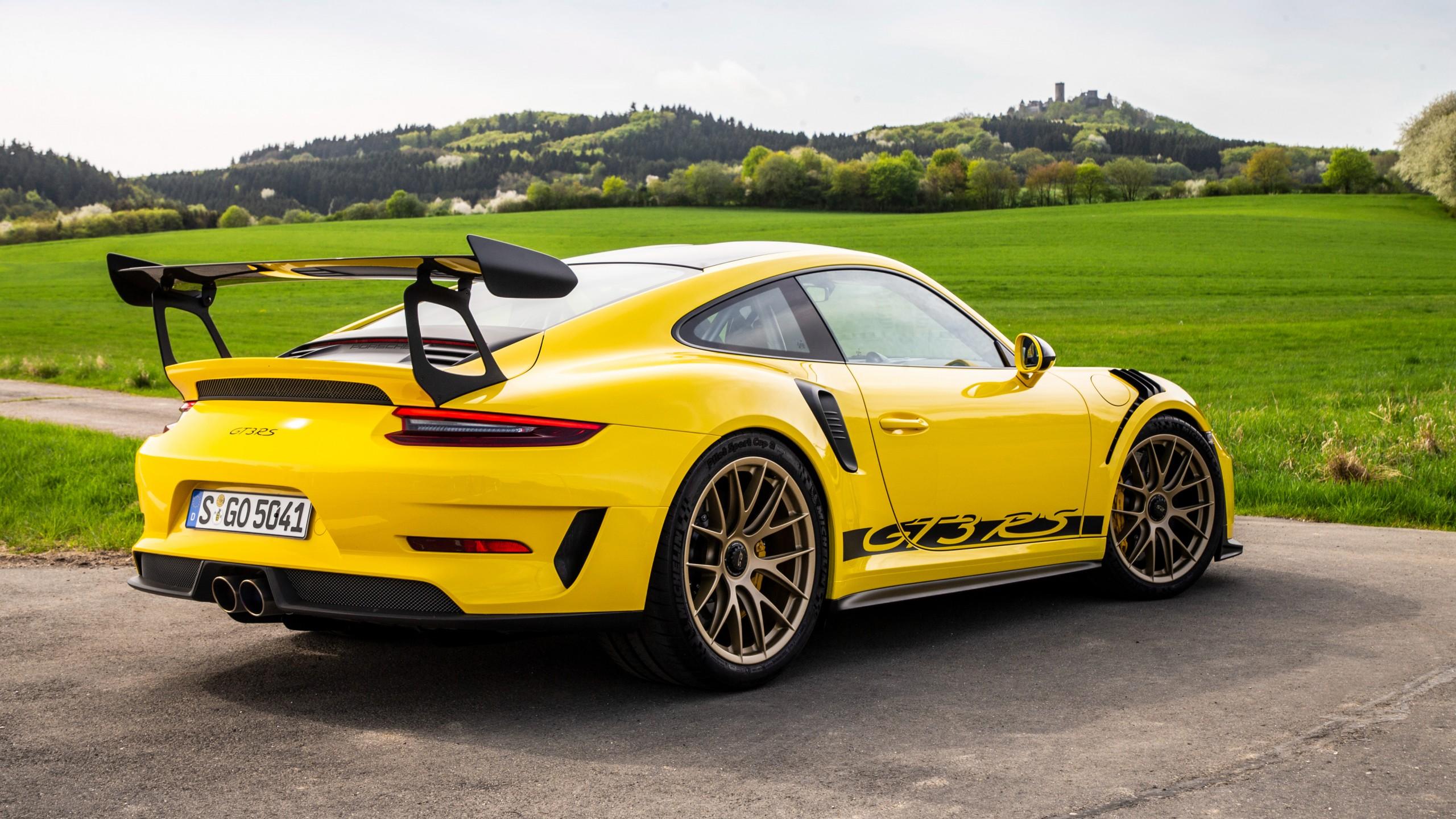 Ferrari Wallpaper Iphone 4 2018 Porsche 911 Gt3 Rs Weissach Package 4k 2 Wallpaper