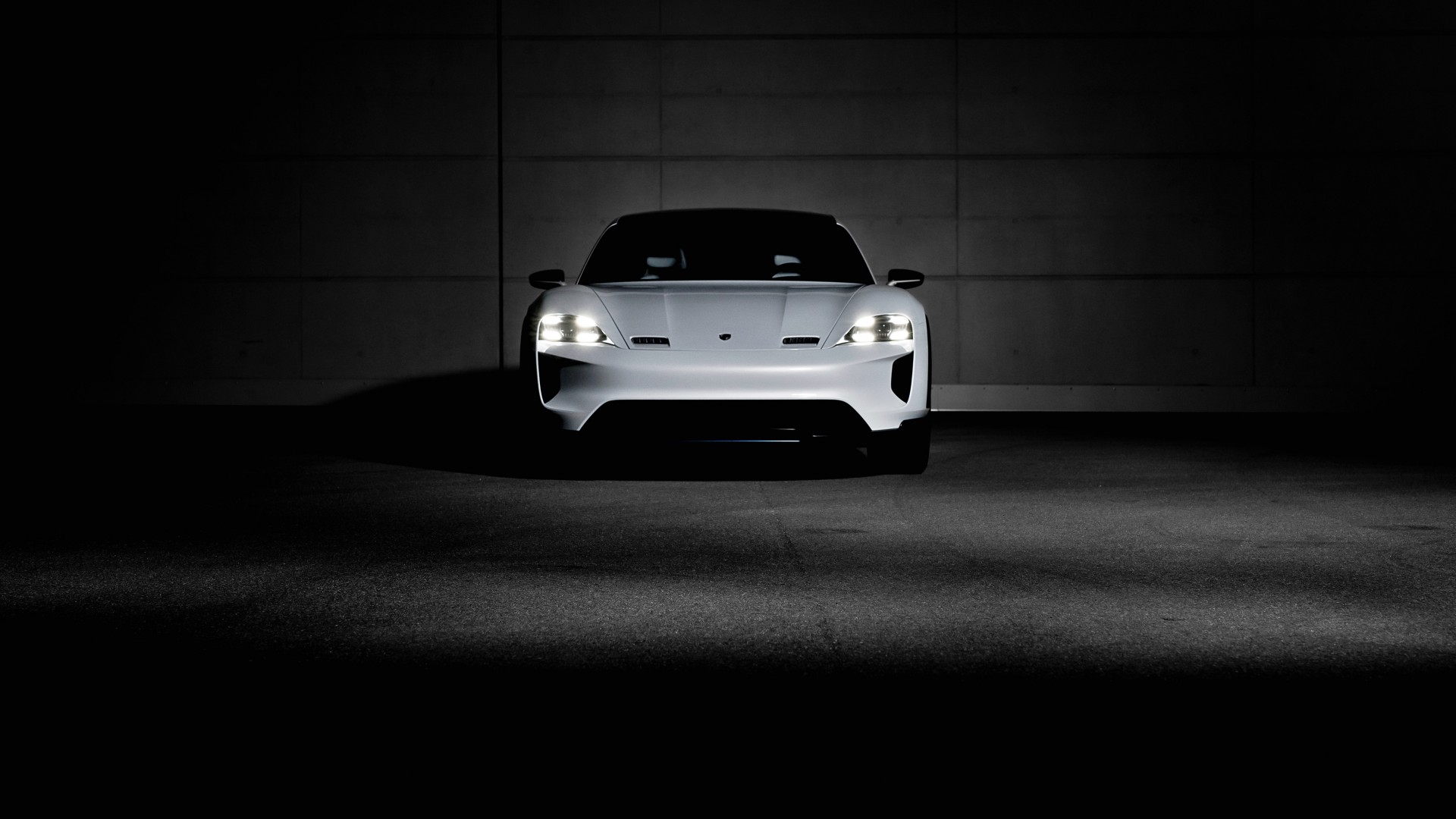 Car Wheel Iphone Wallpaper 2018 Porsche Mission E Cross Turismo 4k 15 Wallpaper Hd