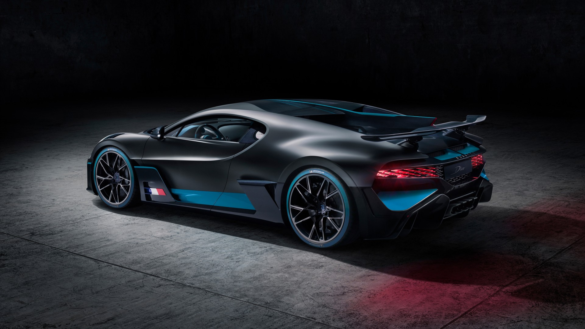 Hd Wallpaper Car Widescreen 2019 Bugatti Divo 4k 12 Wallpaper Hd Car Wallpapers Id