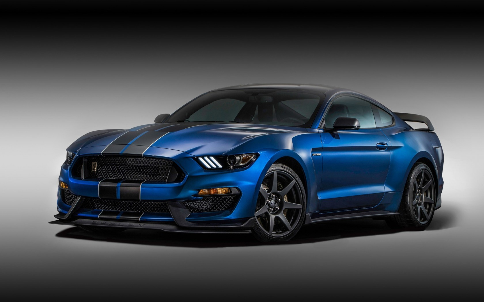 Carbon Wallpaper Iphone X Ford Mustang Shelby Gt350r Wallpaper Hd Car Wallpapers
