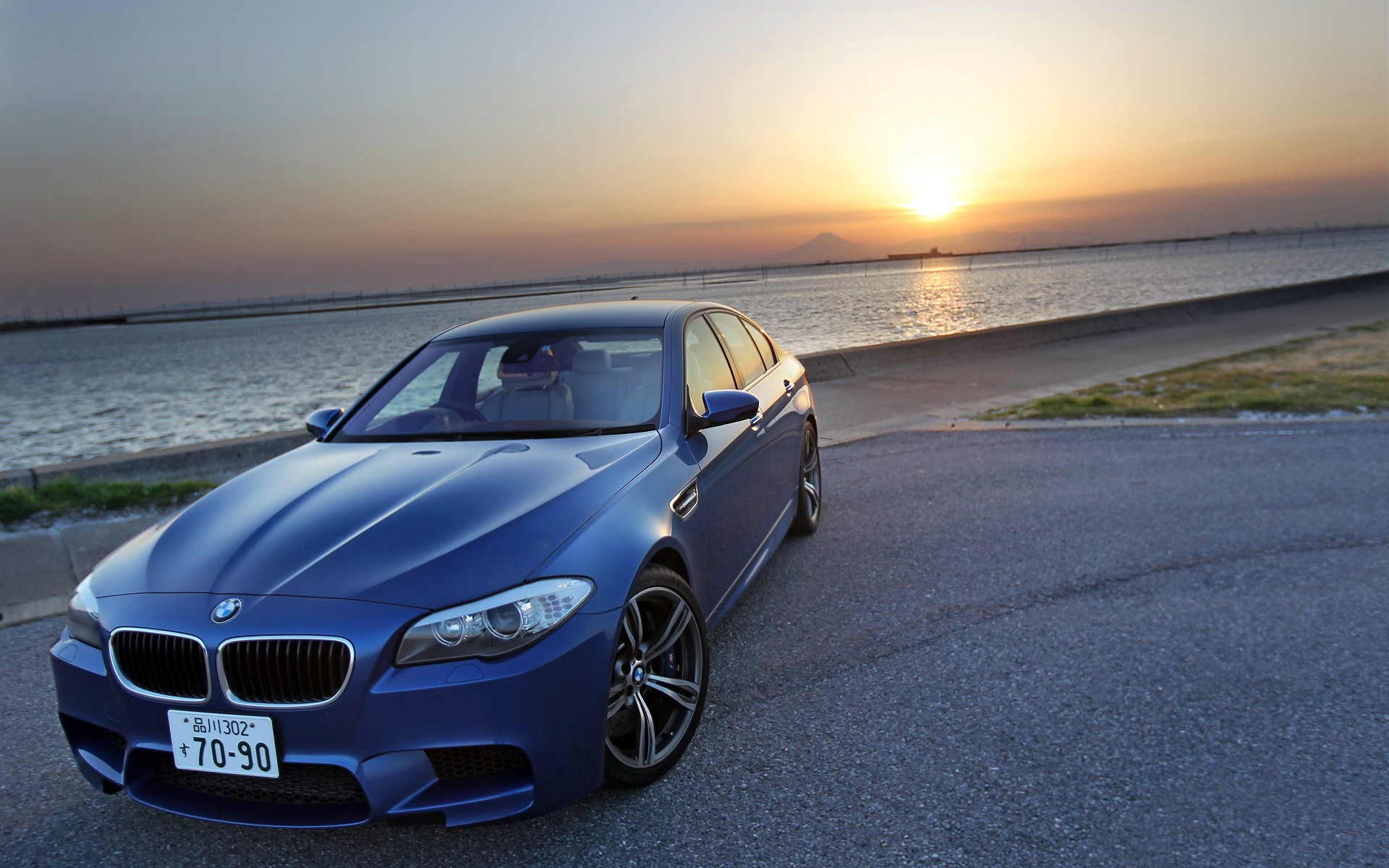 Bmw 5 Series Wallpaper Iphone The Bmw M5 Wallpaper Hd Car Wallpapers Id 2672