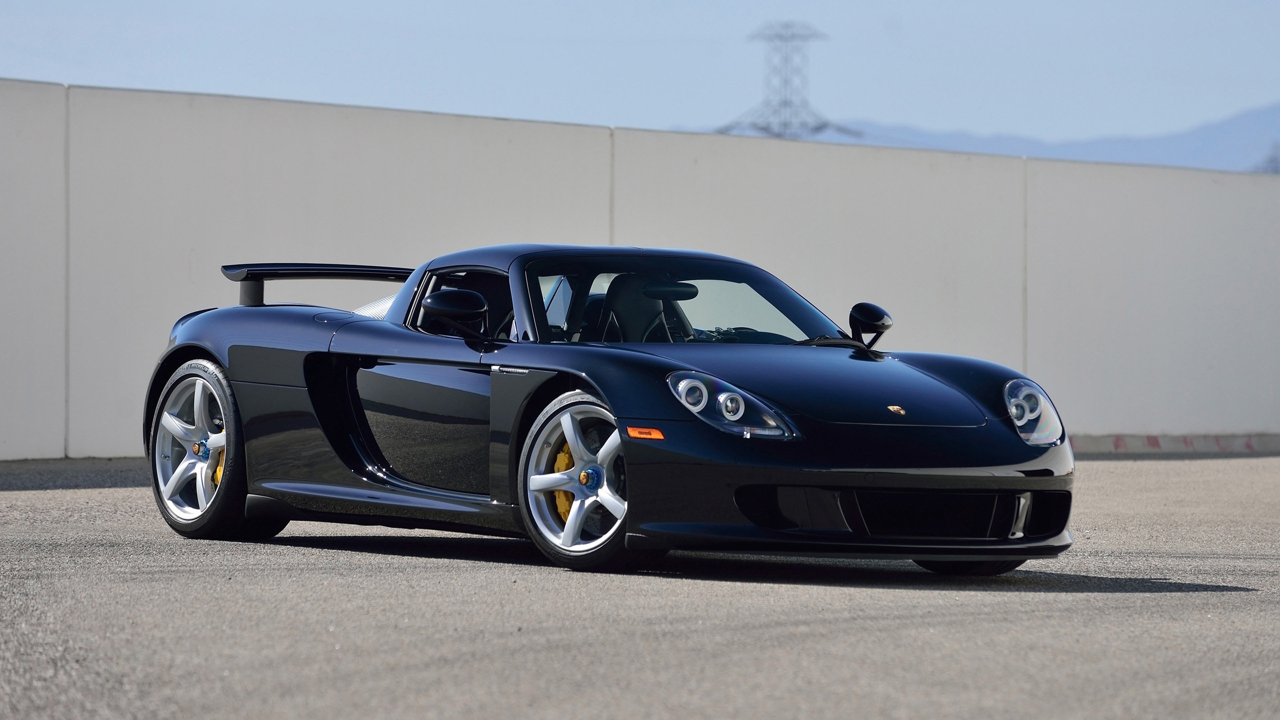 Bugatti Hd Wallpapers Free Download 2005 Porsche Carrera Gt Basalt Wallpaper Hd Car