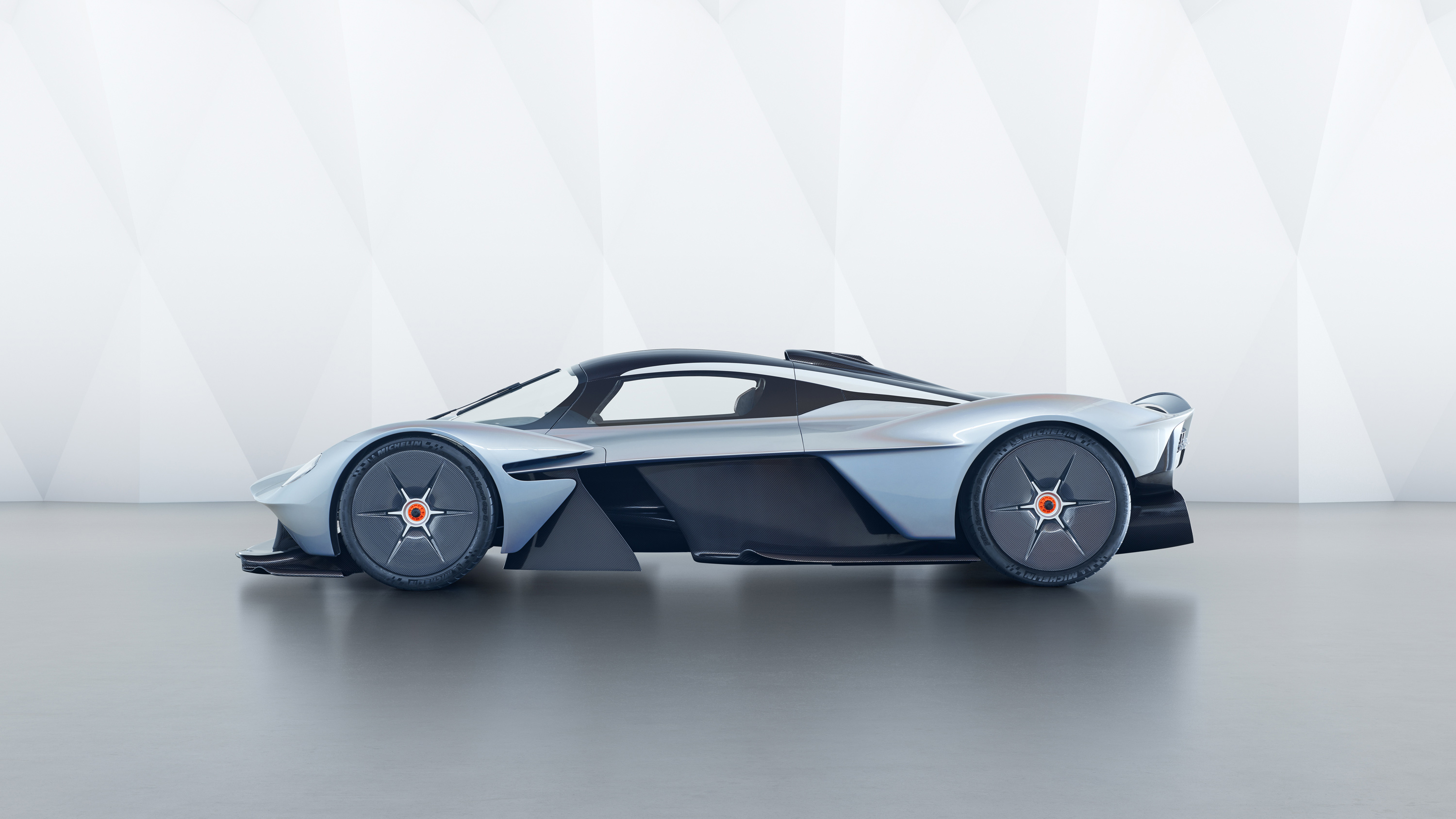 Maserati Wallpaper Iphone X 2018 Aston Martin Valkyrie 3 Wallpaper Hd Car Wallpapers
