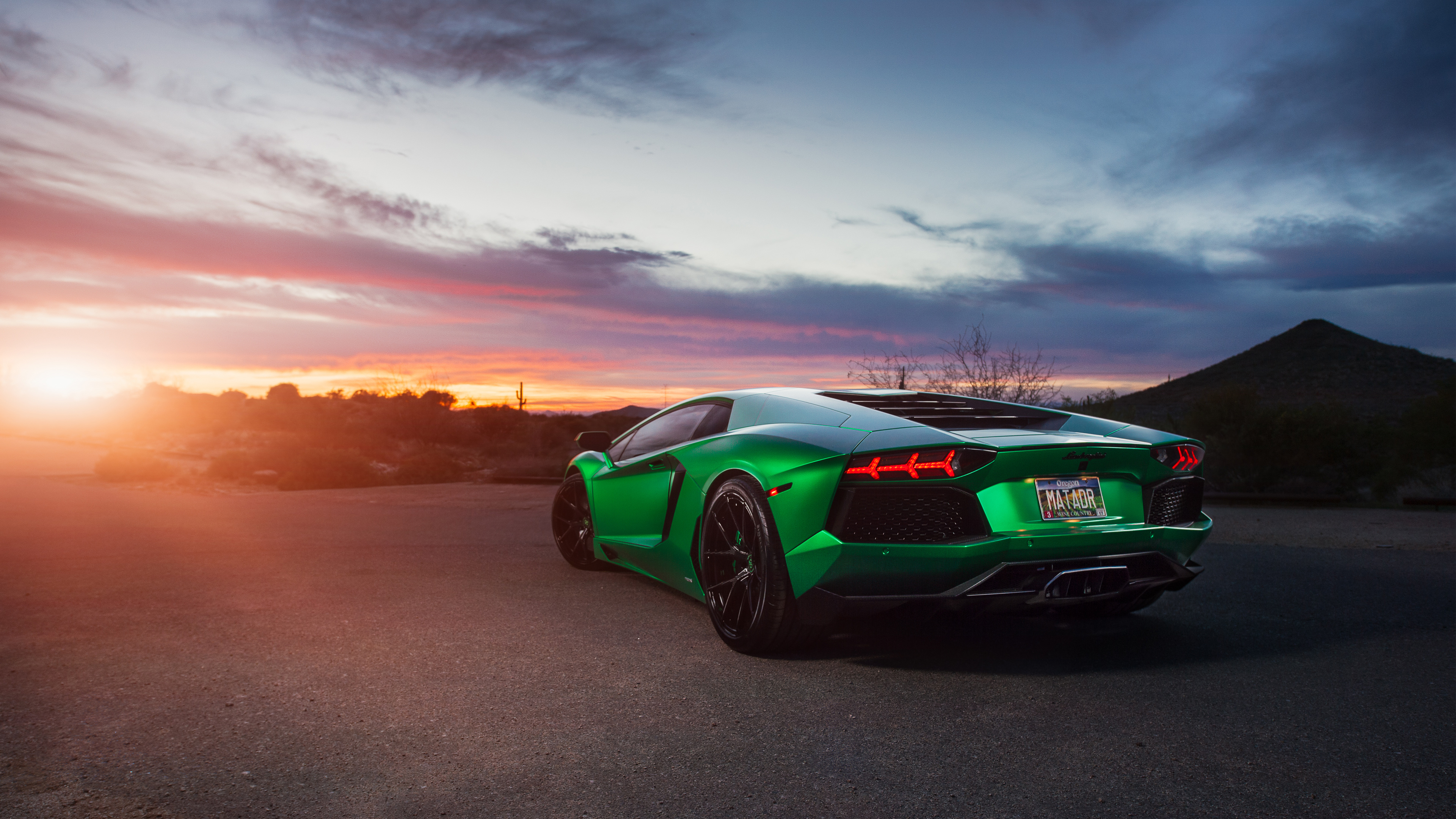 Lamborghini Reventon Iphone Wallpaper Lamborghini Aventador Green 4k Wallpaper Hd Car