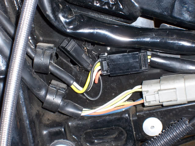 Auxiliary power plug with a lot of pictures - Harley Davidson Forums