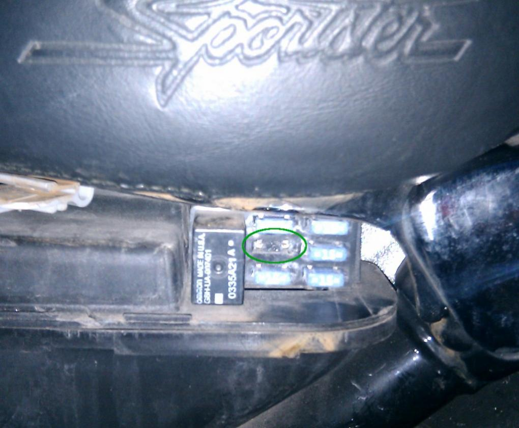 Fuse Box On Harley Davidson Auto Electrical Wiring Diagram Pin Trike Pinterest Moreover Vw Jetta Stereo Need Help Identifying What This Goes To 2005