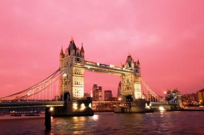 Elegant Night View of Tower Bridge in UK HD Wallpapers | HD Wallpapers