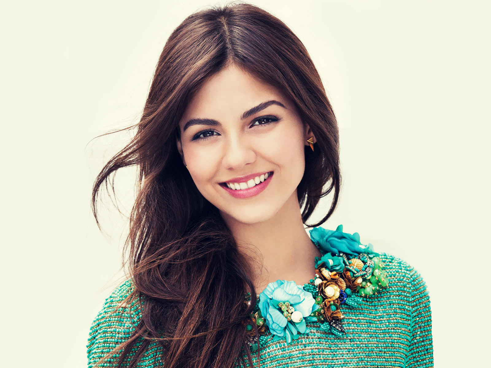 Islamic Quotes Wallpapers For Android Victoria Justice Wallpaper Smile Cute Hd Wallpapers Hd