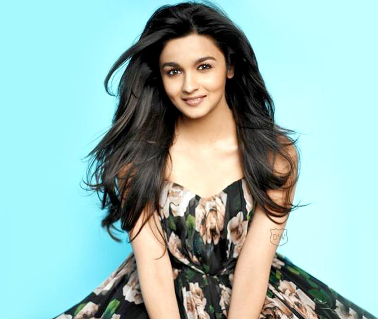 Islamic Quotes Wallpapers Iphone Alia Bhatt Cute Pictures Hd Wallpapers Hd Backgrounds