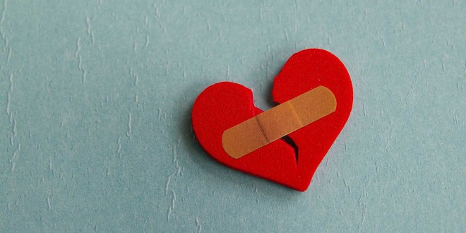 Broken Heart Quotes Wallpapers For Mobile Broken Heart Wallpapers Pictures Images