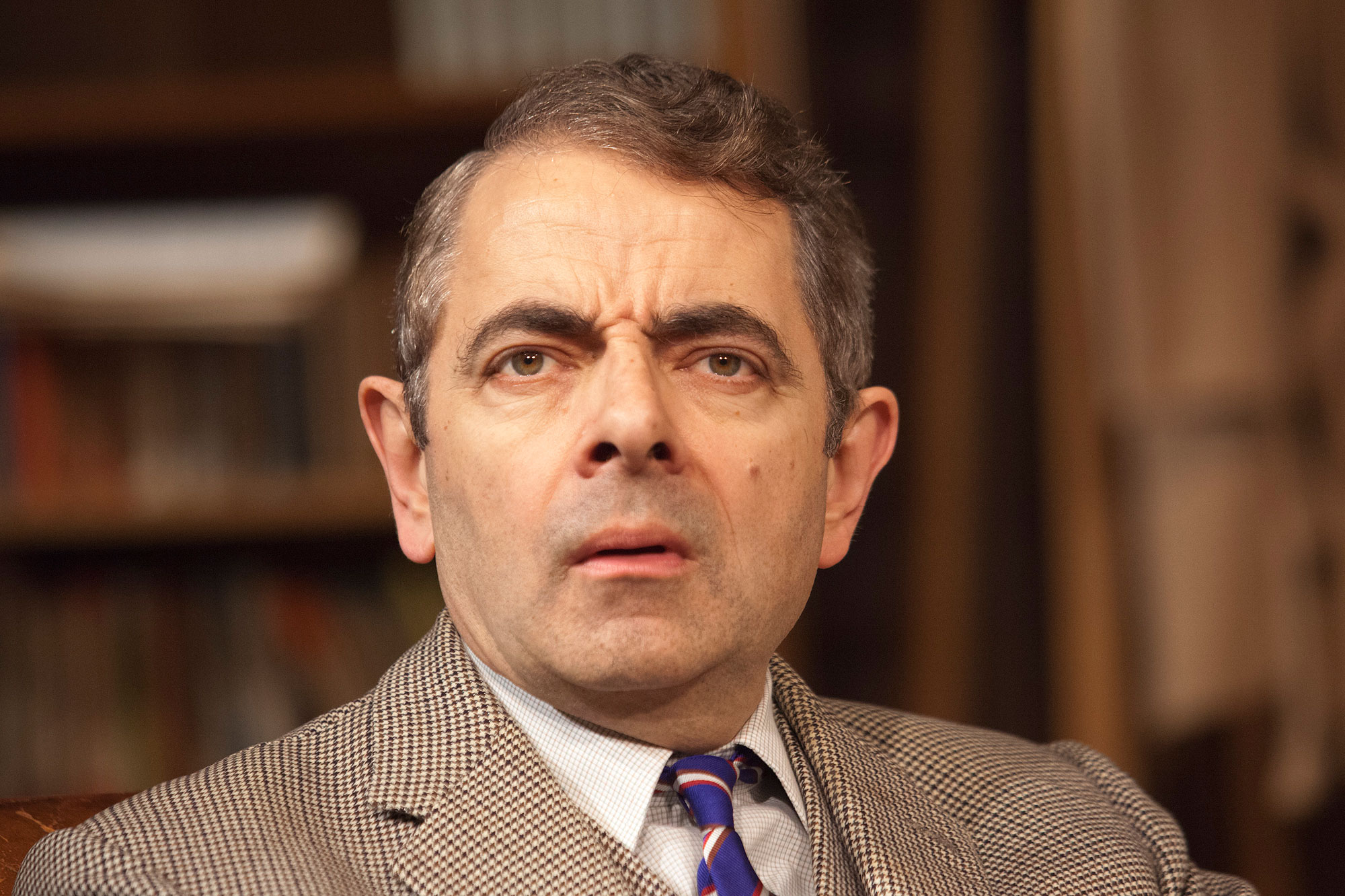 Daisy Iphone Wallpaper Rowan Atkinson Wallpapers Pictures Images