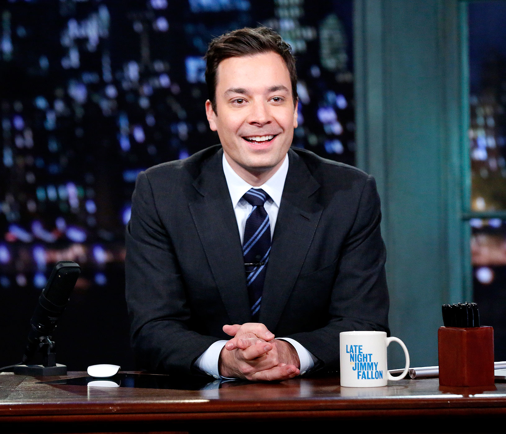 Broken Screen Wallpaper 3d Jimmy Fallon Wallpapers Pictures Images