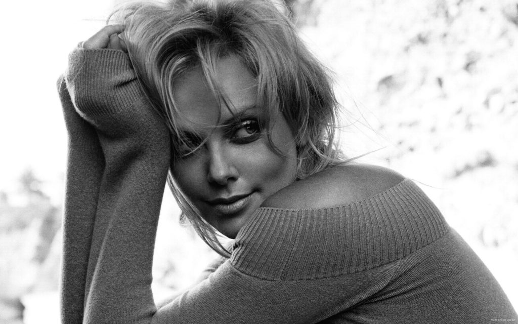 Charlize Theron Wallpaper Iphone Charlize Theron Wallpapers Pictures Images