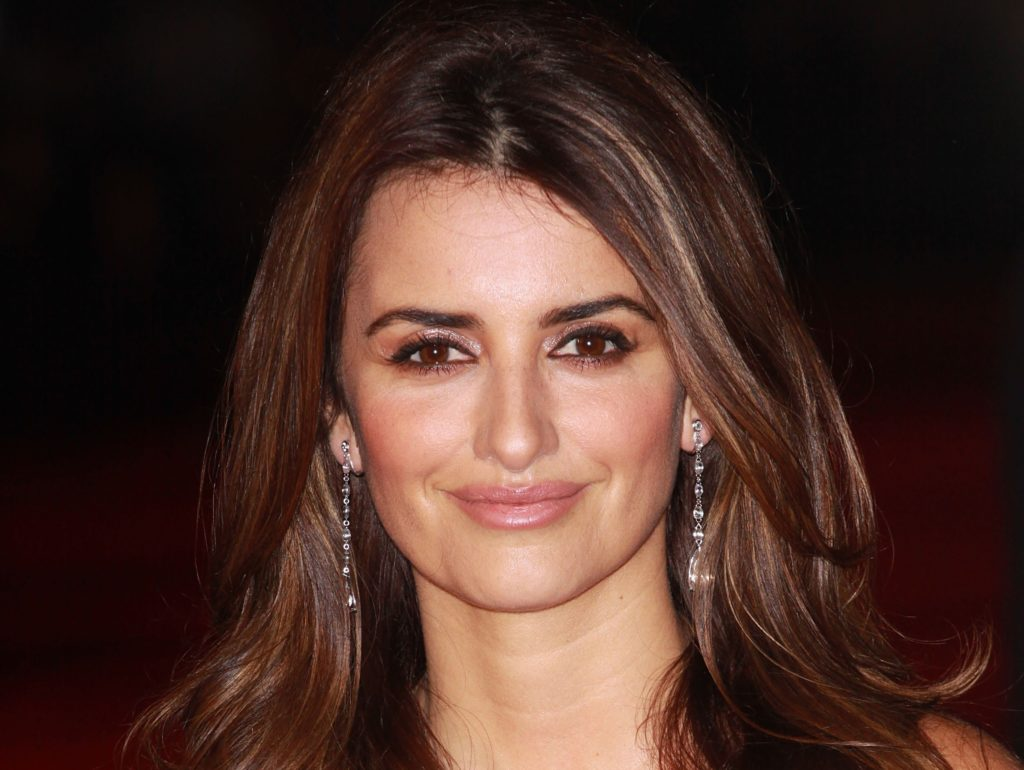 Hennessy Wallpaper Iphone Penelope Cruz Hd Wallpapers Pictures Images