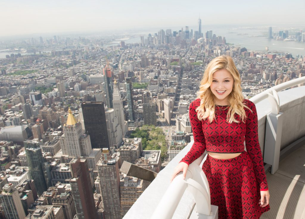 Iphone X Inside Wallpaper Hd Olivia Holt Wallpapers Pictures Images