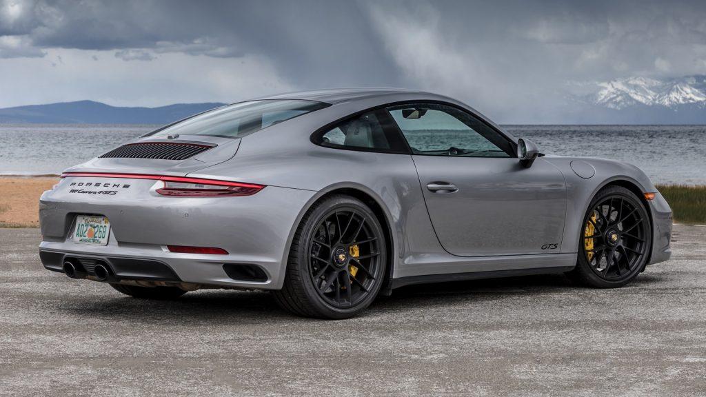 Porsche Macan Wallpaper Iphone Porsche 911 Carrera Wallpapers Pictures Images
