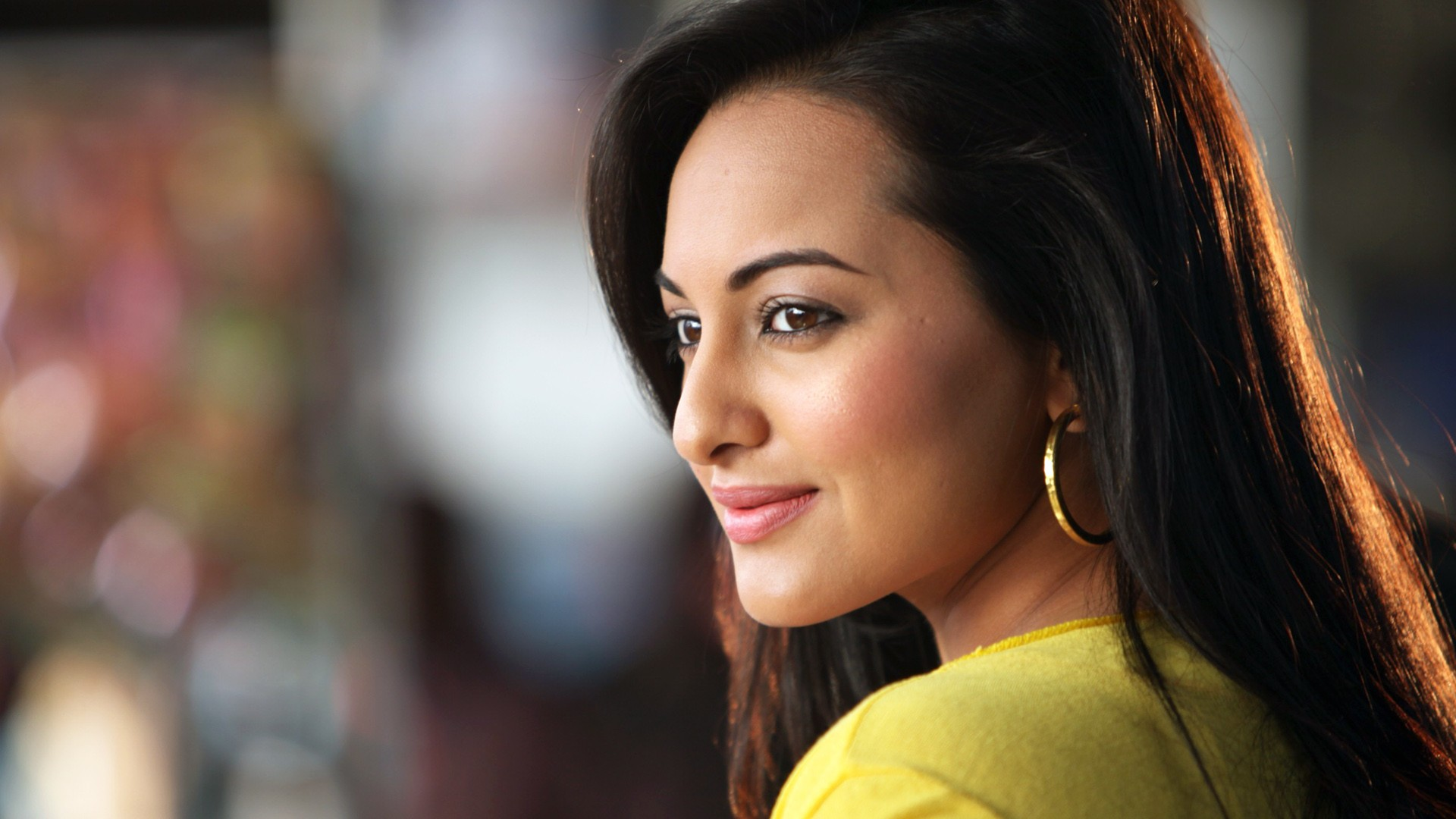 Cute Indian Actress Hd Wallpapers 2013 Sonakshi Sinha Wallpapers Hd Wallpapers Id 12759
