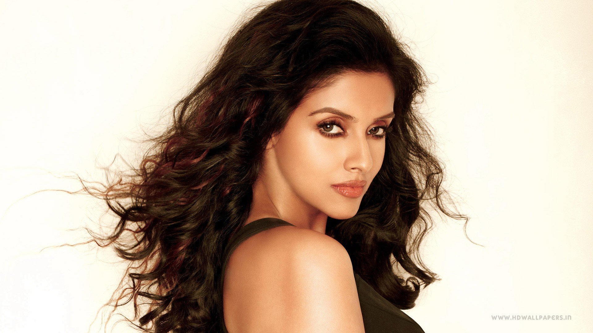 Deepika Padukone Hd Wallpapers For Iphone Asin Indian Actress Wallpapers Hd Wallpapers Id 15363