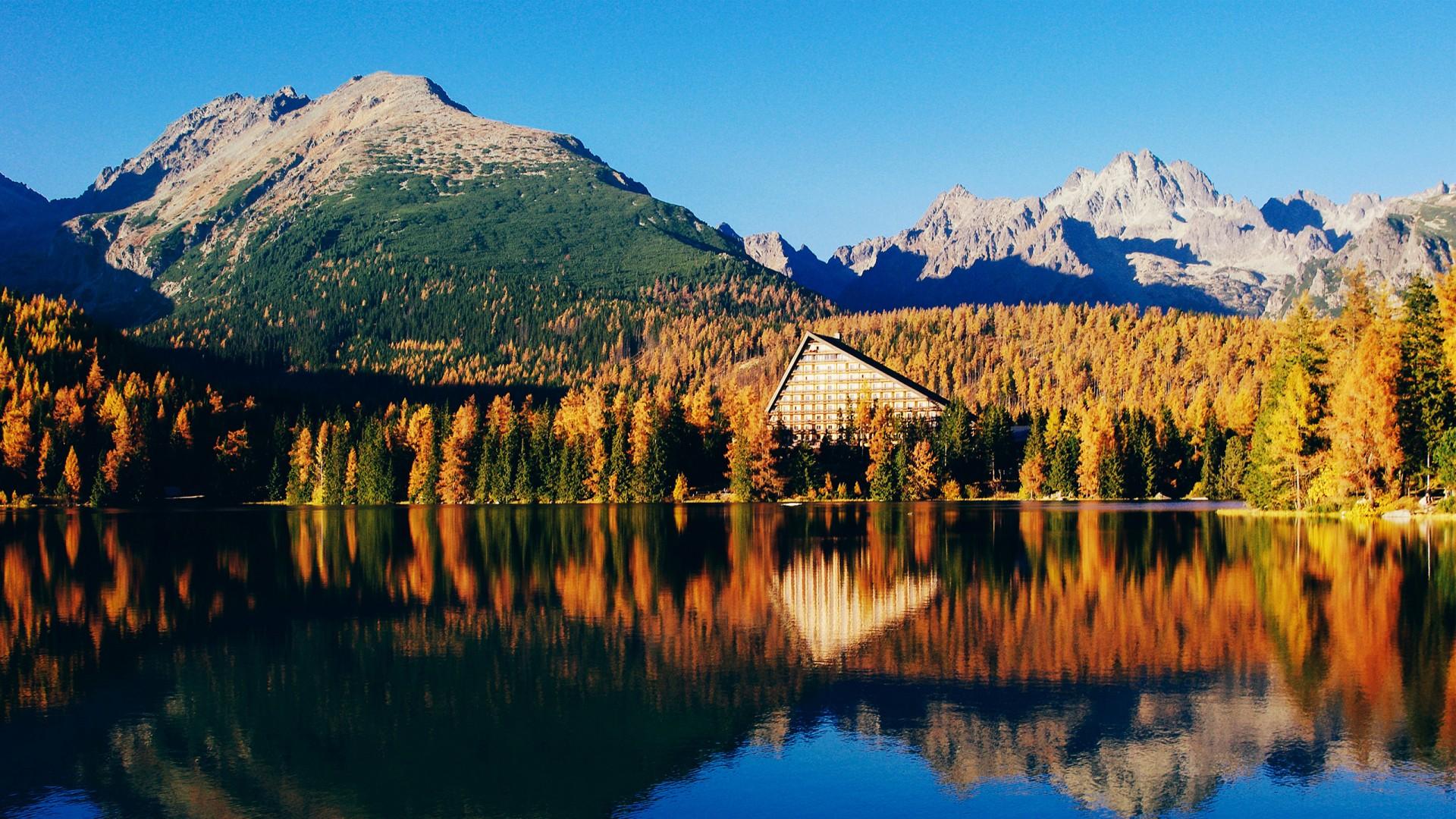 Iphone Hd Retina Wallpapers Beautiful Lake Scenery Wallpapers Hd Wallpapers Id 19405