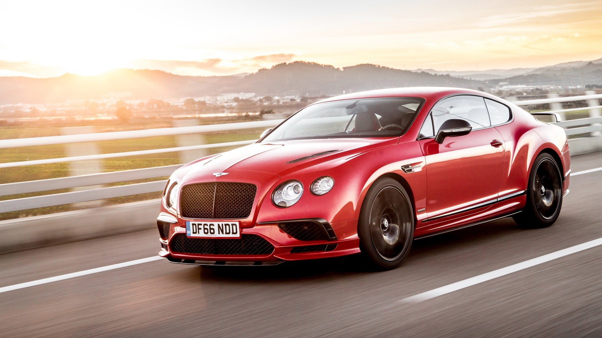 Luxury Cars Wallpapers For Desktop Bentley Continental Supersports 2017 4k Wallpapers Hd