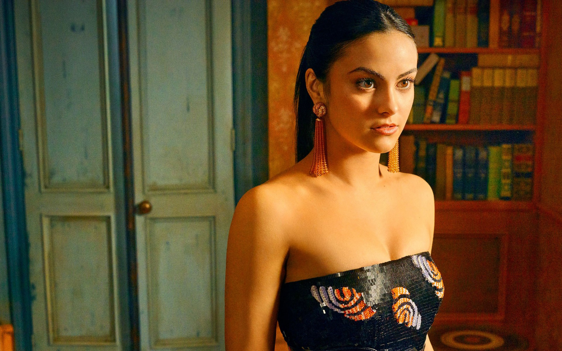 Cute Actress Wallpapers Download Camila Mendes Wallpapers Hd Wallpapers Id 23307