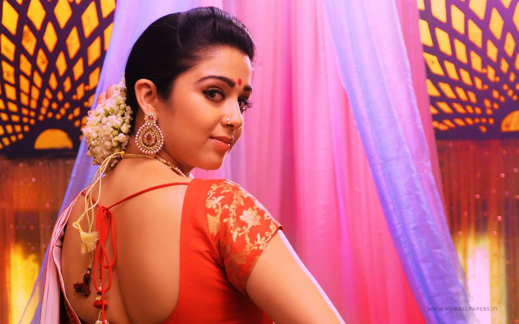 Jyothi 3d Wallpapers Charmi In Jyothi Lakshmi Wallpapers Hd Wallpapers Id