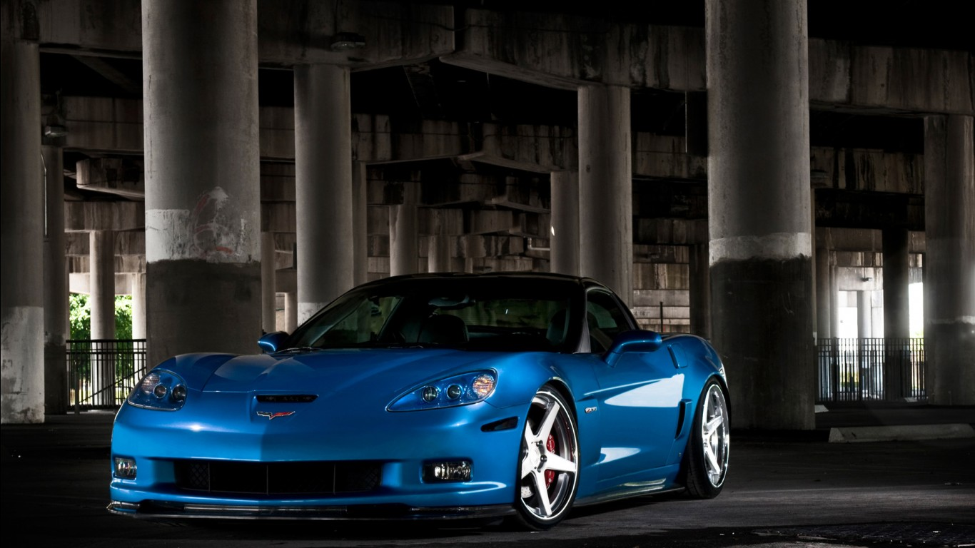 Iphone 4 Wallpapers Hd 3d Chevrolet Corvette C6 Zr1 Car Wallpapers Hd Wallpapers
