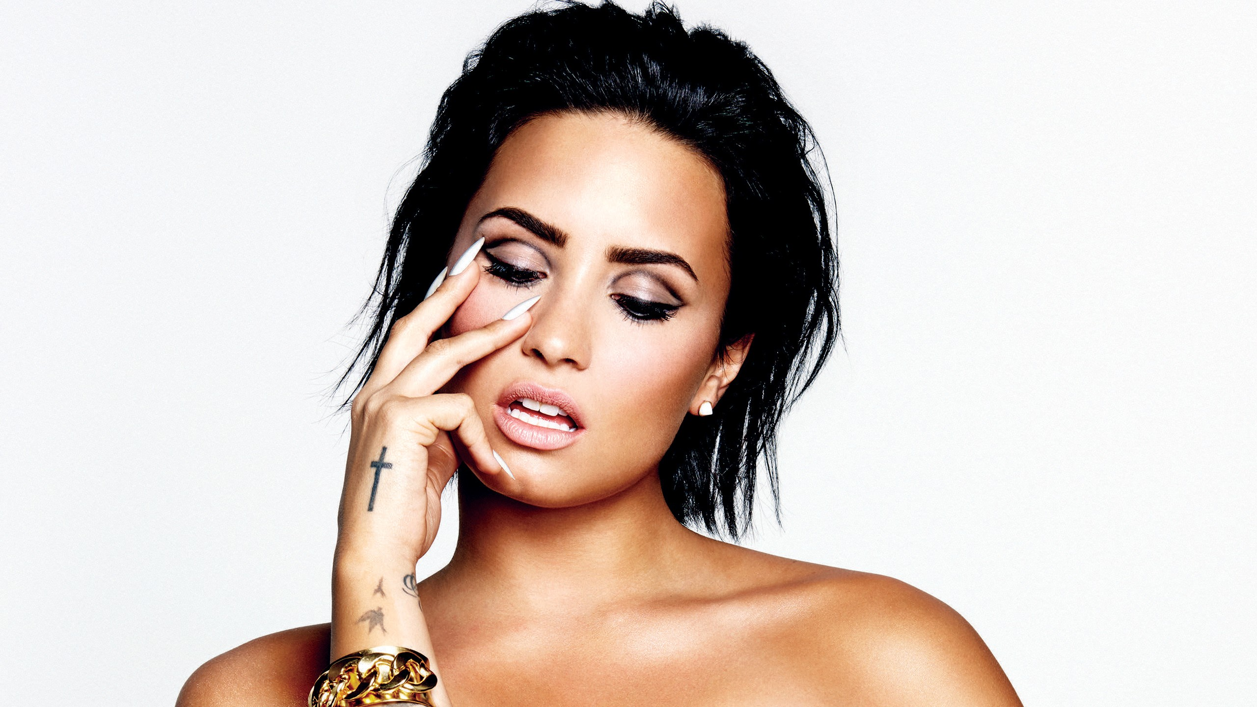 Fall Beach Widescreen Wallpaper Demi Lovato 44 Wallpapers Hd Wallpapers Id 16218