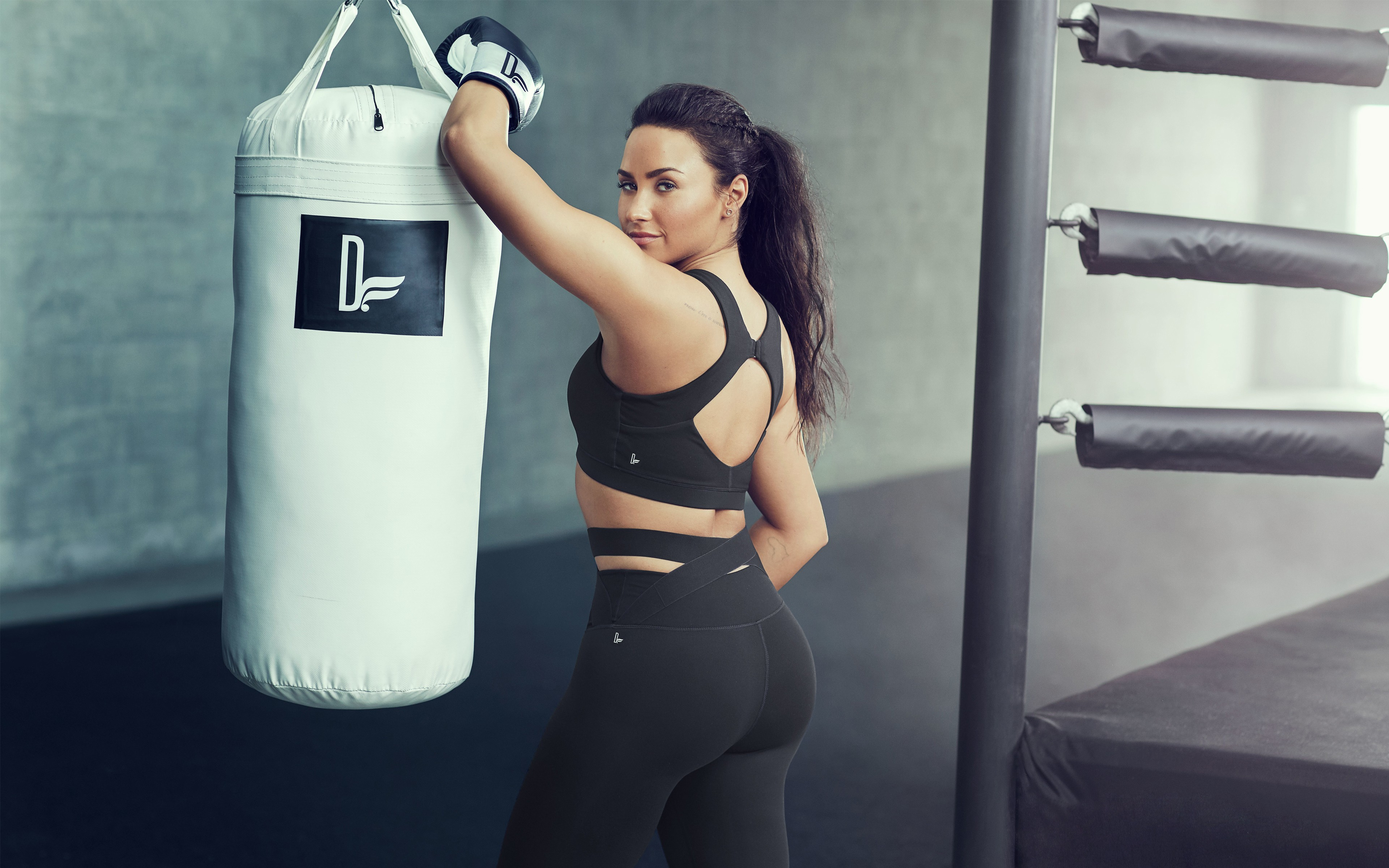 Free Wallpaper For Iphone 5s Demi Lovato Fabletics 4k 8k 2017 Wallpapers Hd