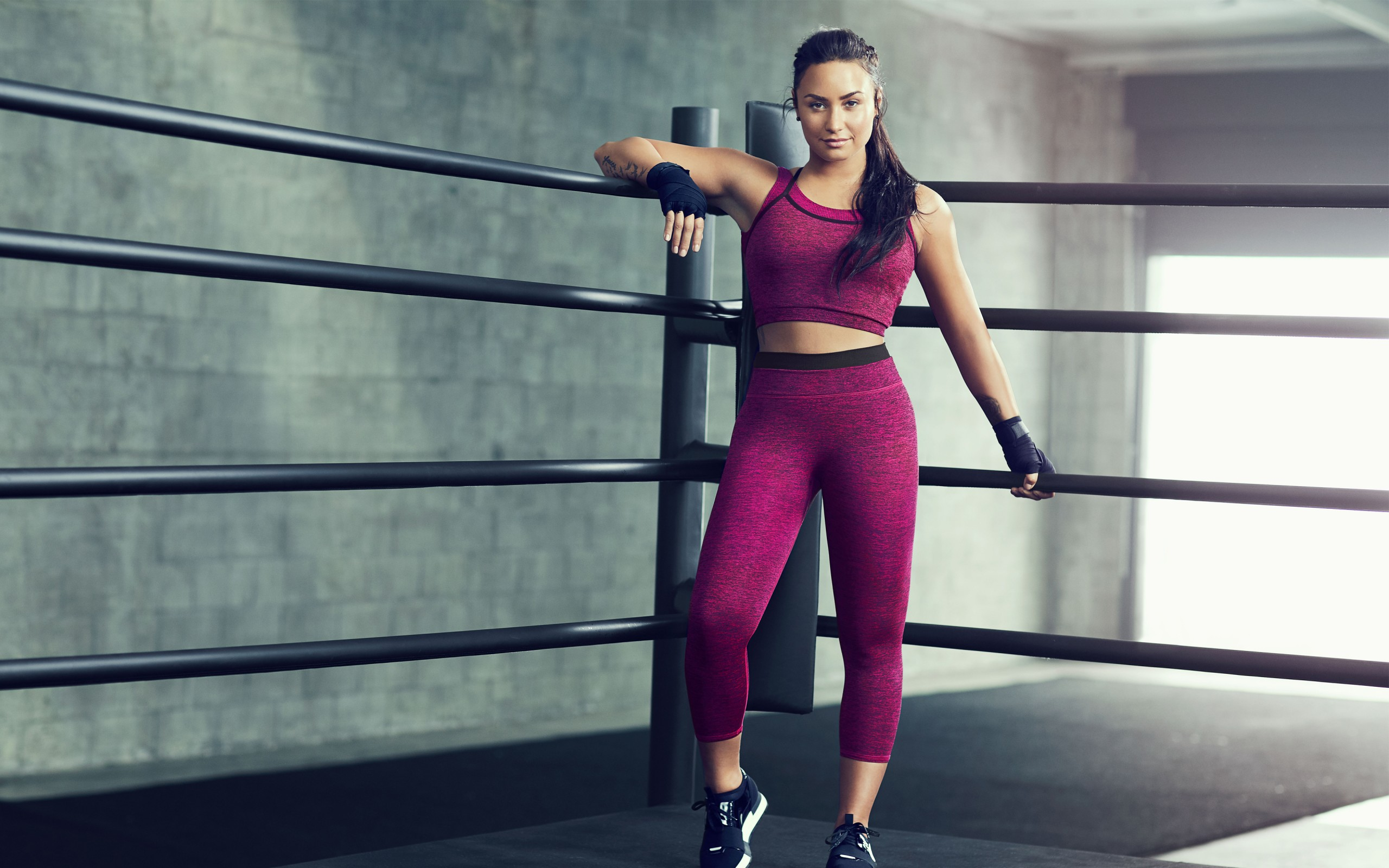Fall Wallpaper For Iphone 6 Plus Demi Lovato Fabletics Workout 4k Wallpapers Hd