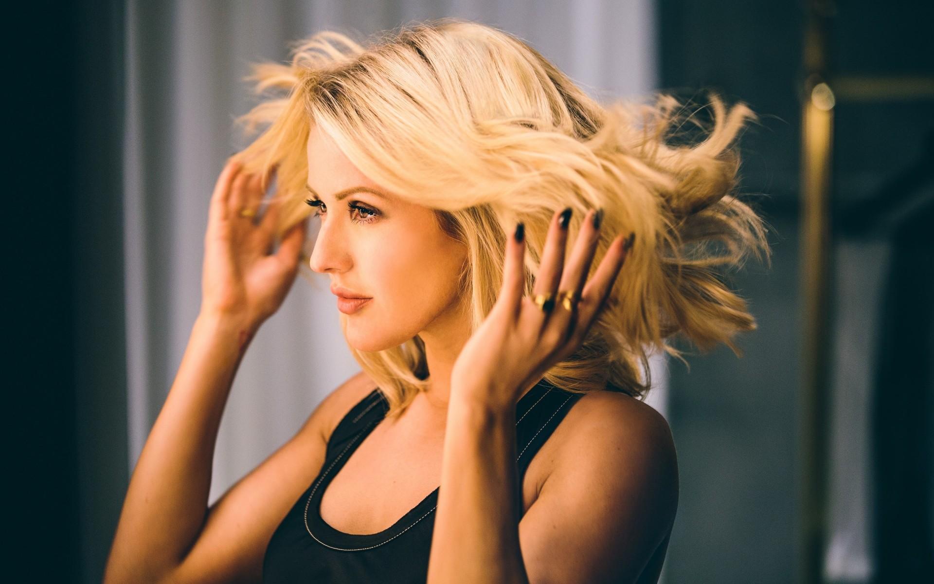 Beautiful Girl Face Hd Wallpaper Ellie Goulding 2017 Hd Wallpapers Hd Wallpapers Id 20971