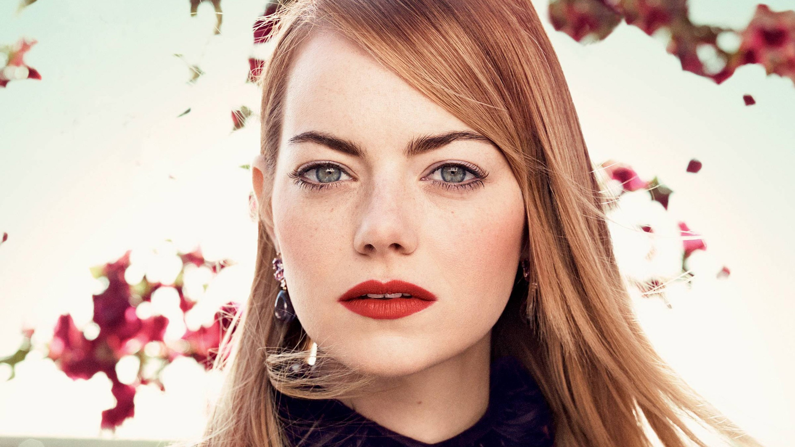 Girl Wallpaper Iphone 4 Emma Stone Vogue 2018 Wallpapers Hd Wallpapers Id 23467