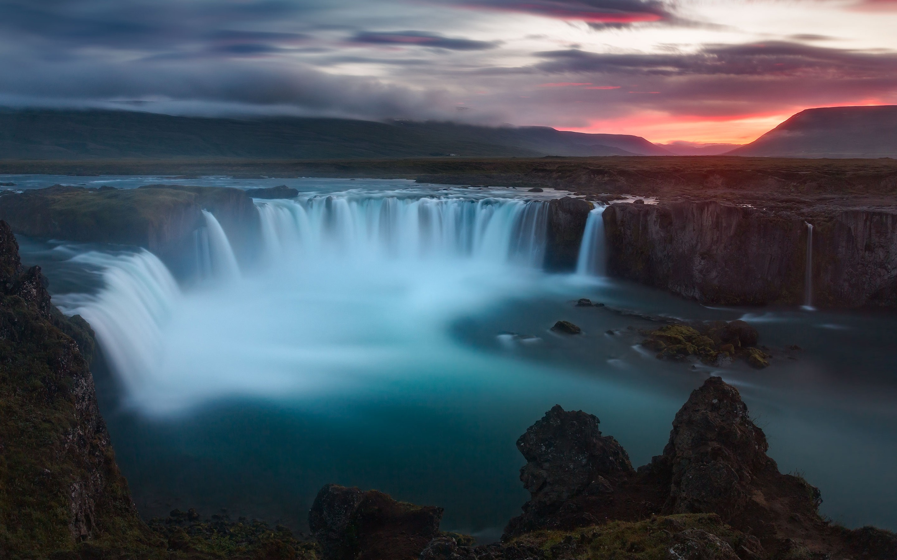 Cool Space Iphone Wallpaper Godafoss Waterfalls Iceland Wallpapers Hd Wallpapers