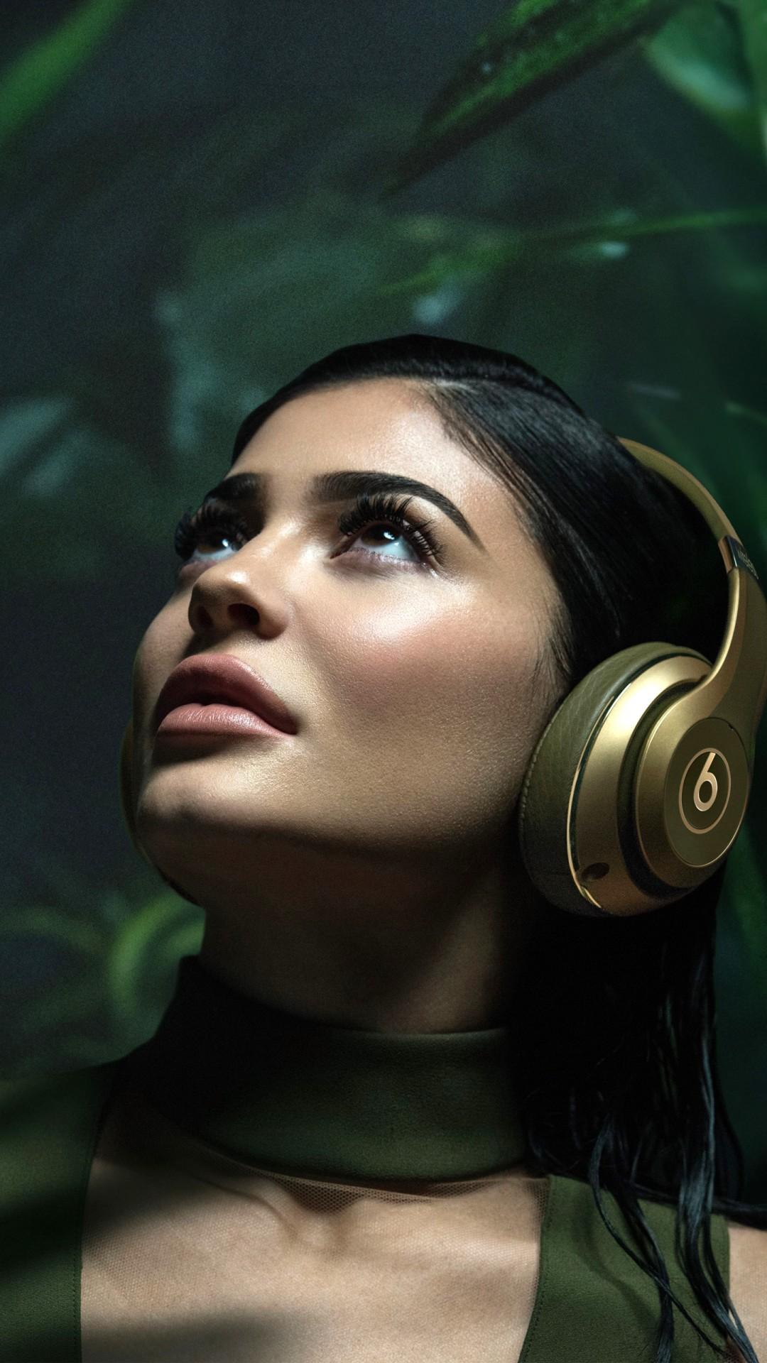 Iphone 6 Plus Retina Wallpaper Kylie Jenner Beats 4k Wallpapers Hd Wallpapers Id 20972
