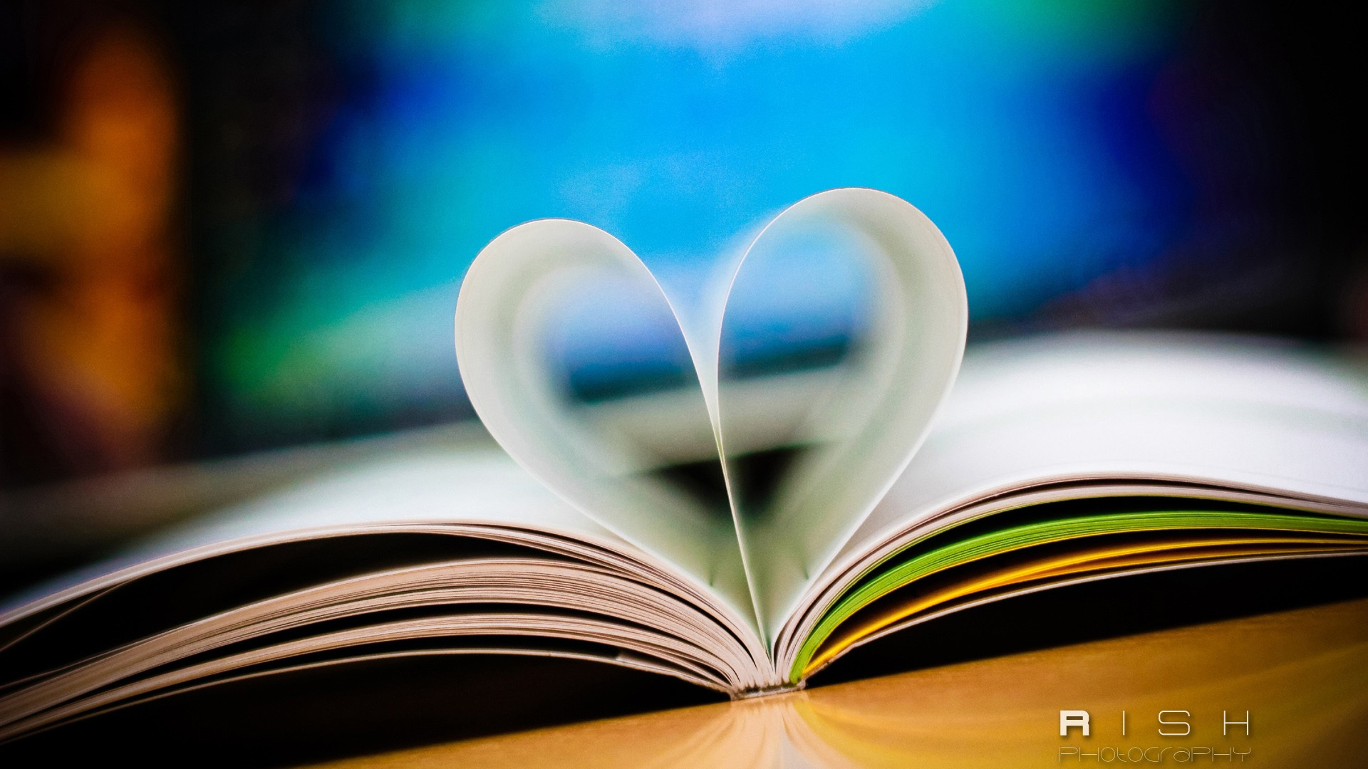 3d Love Couple Wallpaper Love Book Wallpapers Hd Wallpapers Id 11349