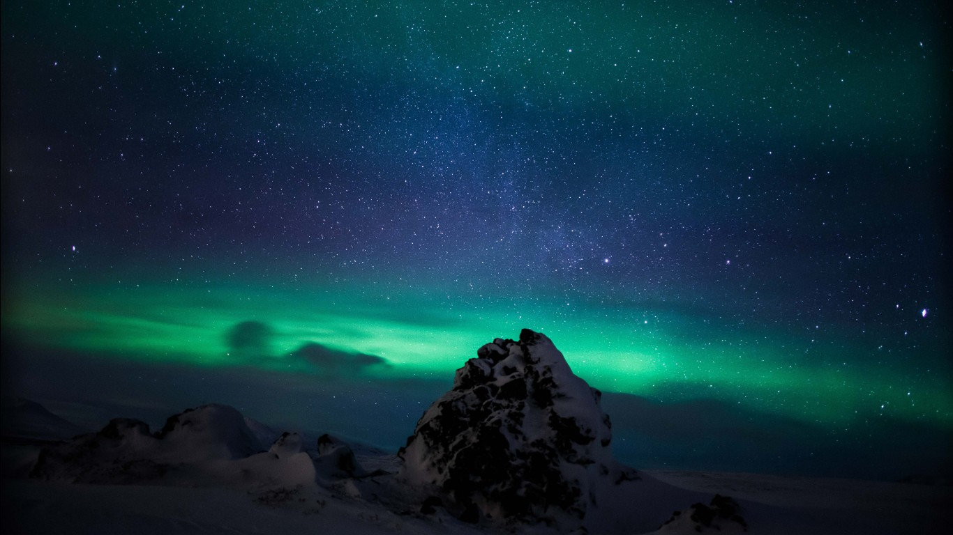 3d Iphone 7 Plus Wallpaper Northern Lights Iceland Aurora Borealis Wallpapers Hd