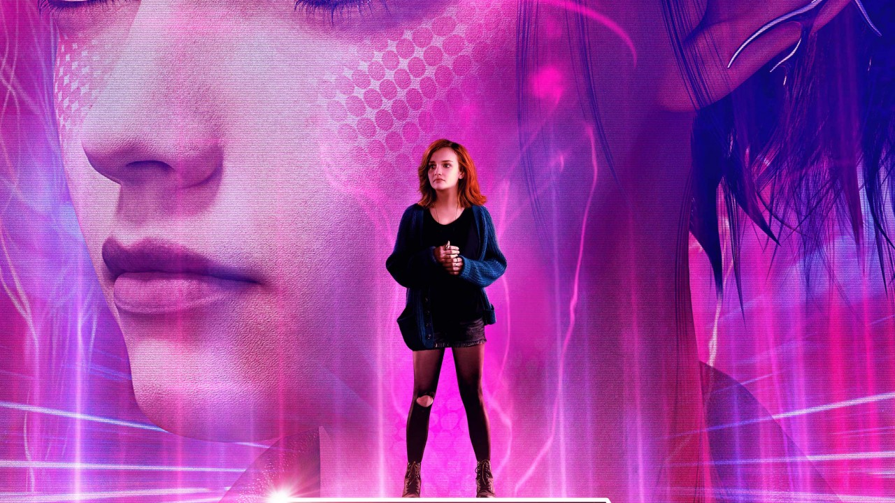 Girl With Bike Hd Wallpaper Olivia Cooke In Ready Player One Wallpapers Hd