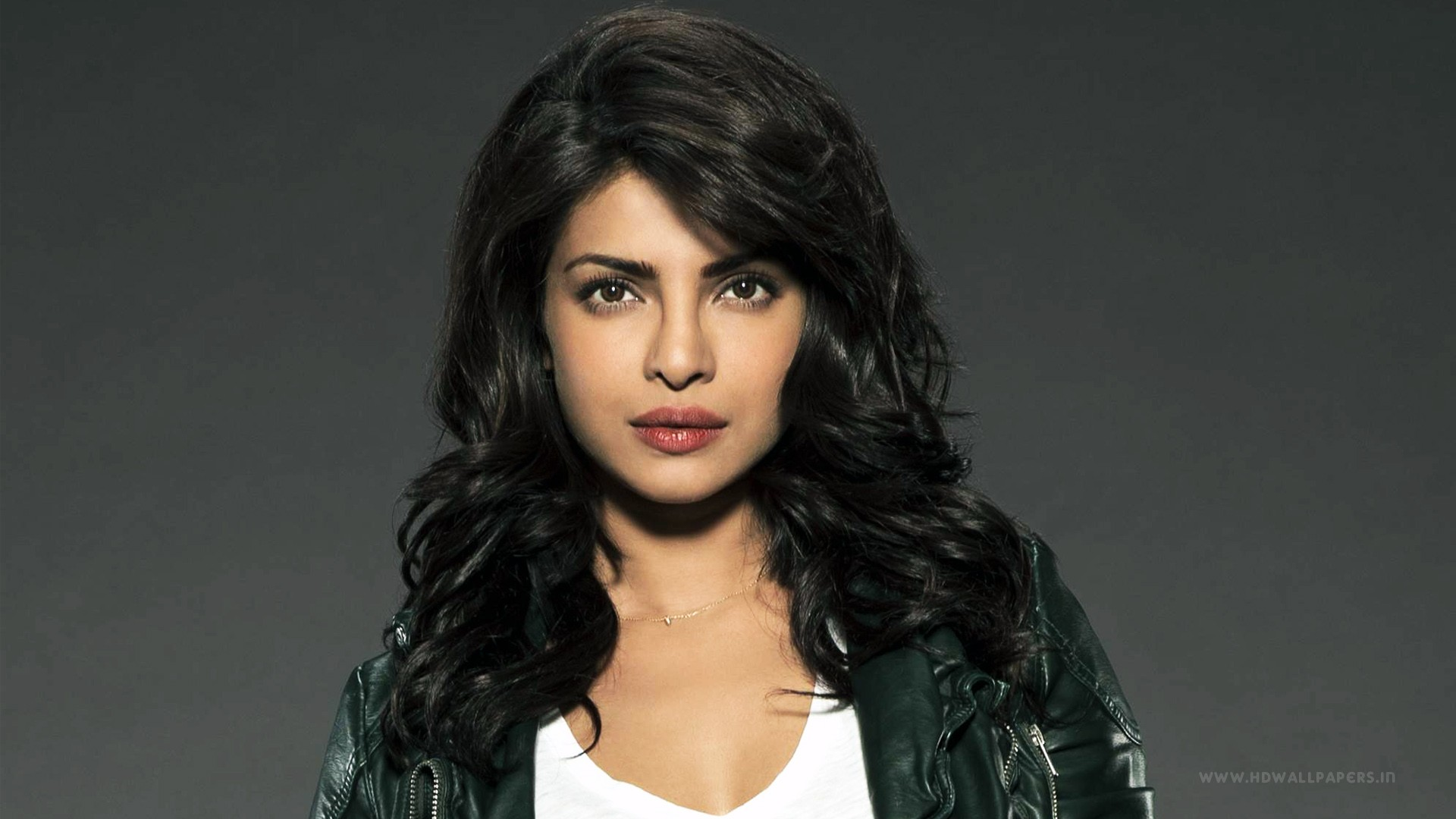 Cute Hollywood Actress Hd Wallpapers Priyanka Chopra 36 Wallpapers Hd Wallpapers Id 16266