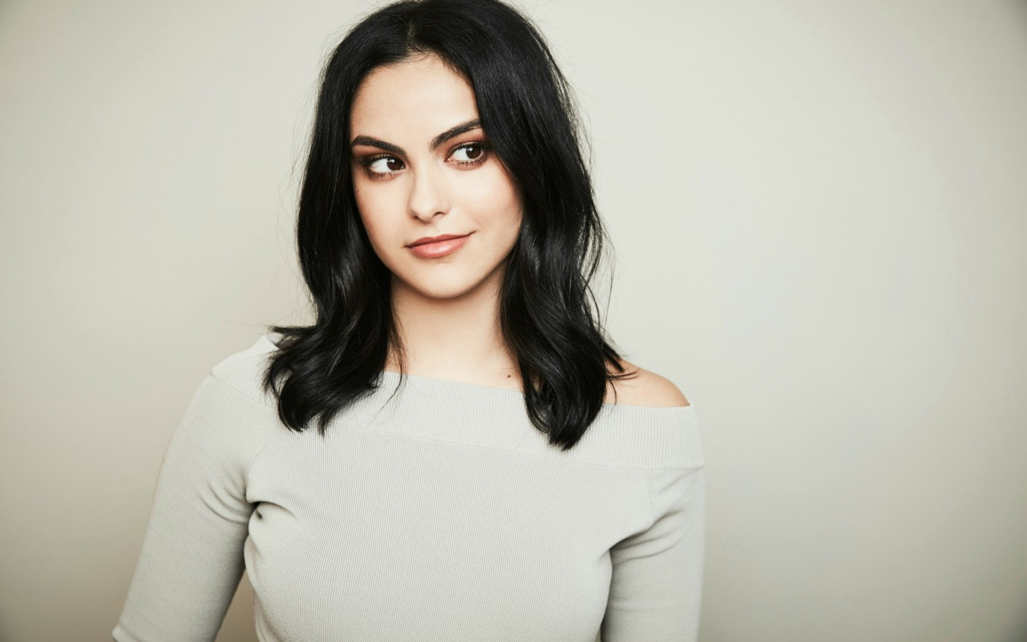 Girl Boy Love Birds Wallpaper Download Riverdale Actress Camila Mendes Wallpapers Hd Wallpapers