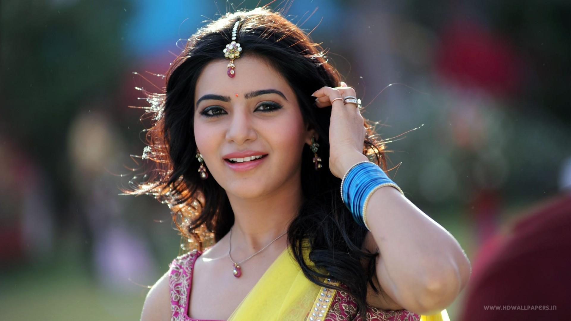 Cute Aishwarya Rai Wallpapers Samantha Beautiful Wallpapers Hd Wallpapers Id 17241
