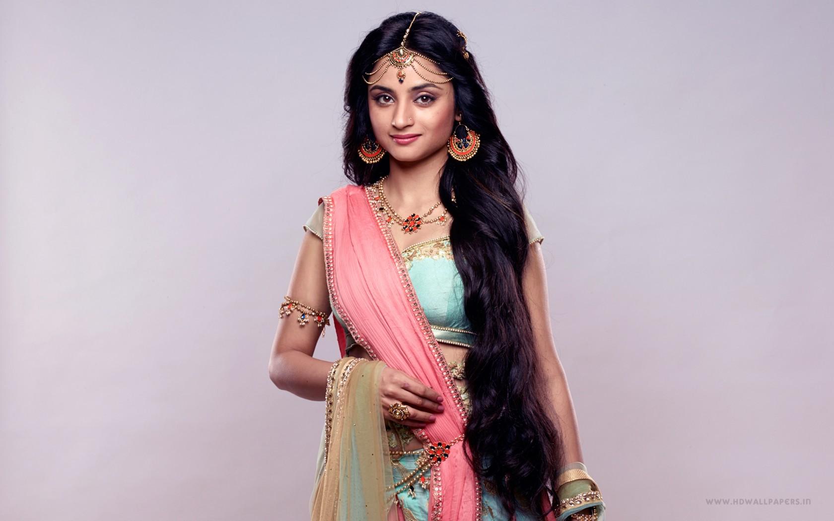 Cute Indian Girl Pictures Wallpapers Sita Madirakshi Siya Ke Ram Star Plus Wallpapers Hd