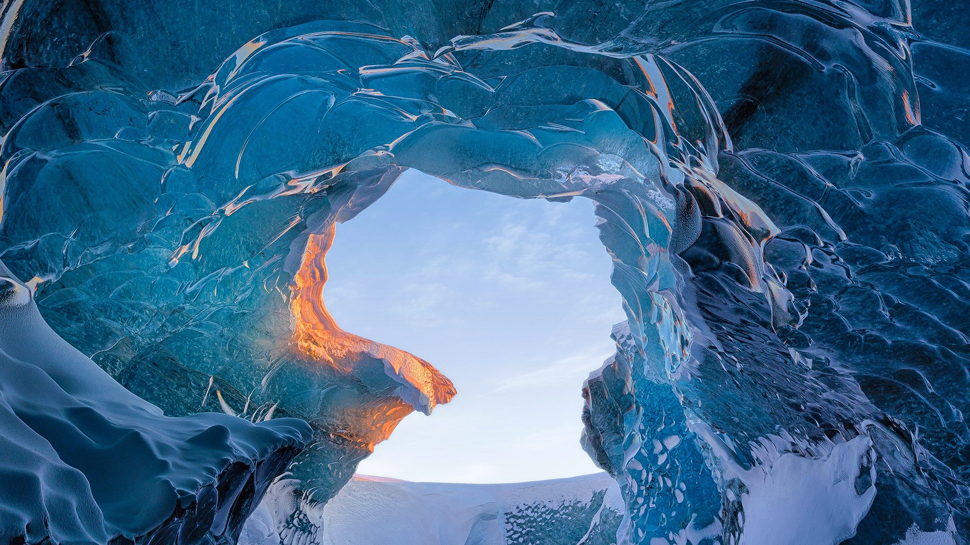 Cute Wallpapers For Iphone 4 Skaftafell Ice Cave Iceland Wallpapers Hd Wallpapers