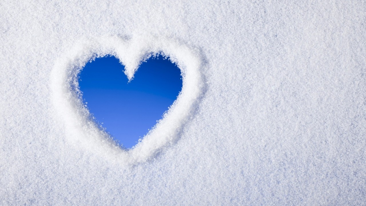 Cute Valentinesday Wallpaper Snow Heart Wallpapers Hd Wallpapers Id 14307