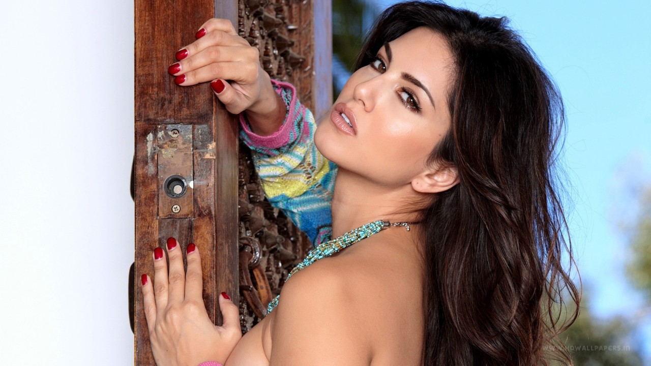 New Foreign Cars Wallpapers Sunny Leone Latest Wallpapers Hd Wallpapers Id 16262