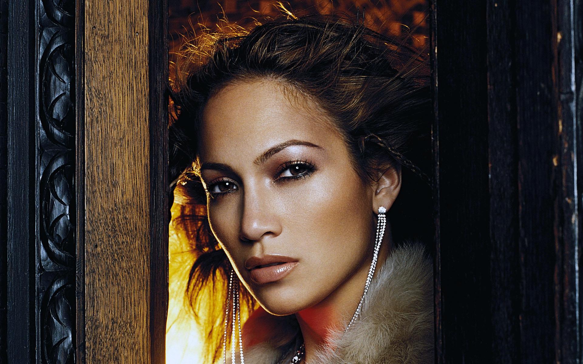 Uma Name Wallpaper 3d Most Attractive Hd Hollywood Actress Wallpapers Dzinepress