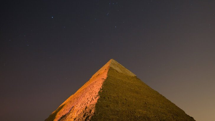 Hd Iphone 6 Wallpapers Space Pyramid By Night Wallpaper World Hd Wallpapers