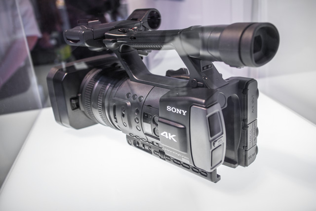 Sony-XAVC-4K-Camcorder
