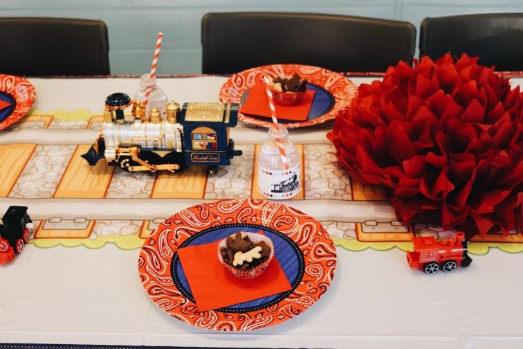 A Choo Choo Birthday Party - @marylauren