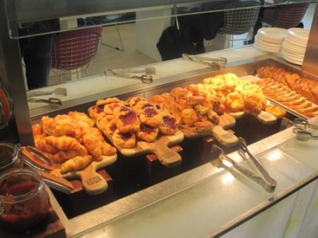 BA Lounge Food 1