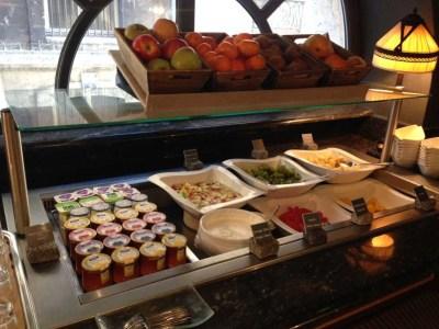 le grand hotel breakfast 3